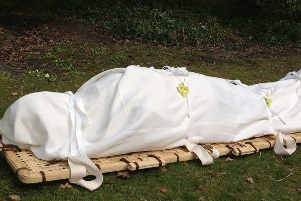 Shroud funeral